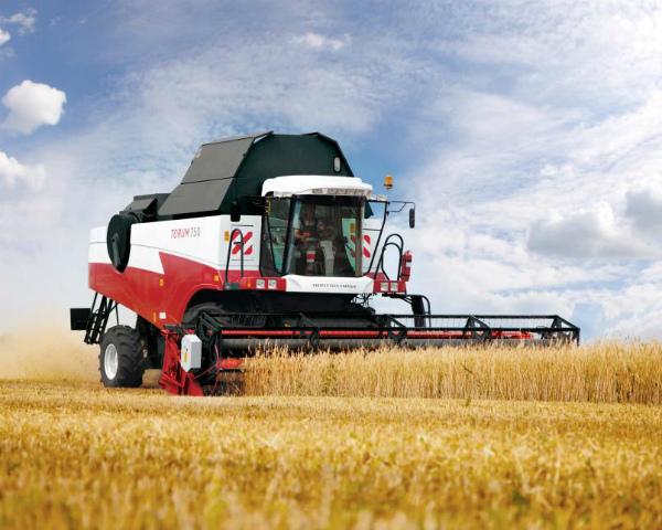 Производство зерноуборочных комбайнов итракторов загод вырастет на50%