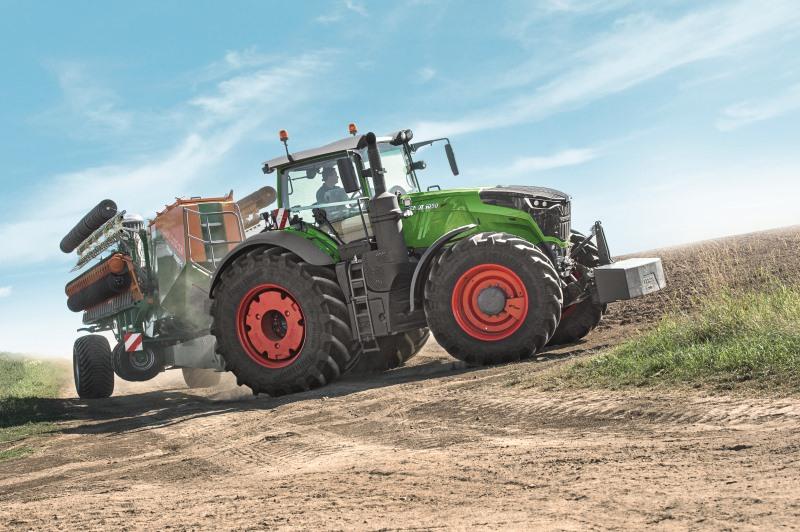 Вытеснят ли мощные классические тракторы машины с ШСР