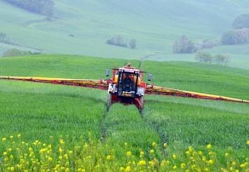 Гаммы BKT, предназначенные для полевых опрыскивателей, высокий уровень эксплуатационных характеристик и максимальная забота о почве