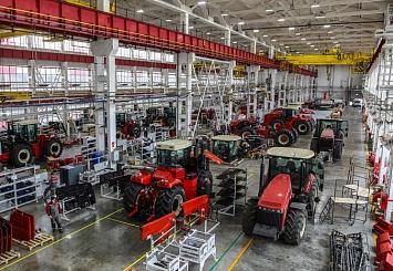 Партнерский материал. Трактор RSM 2375: безупречный труд на российских полях